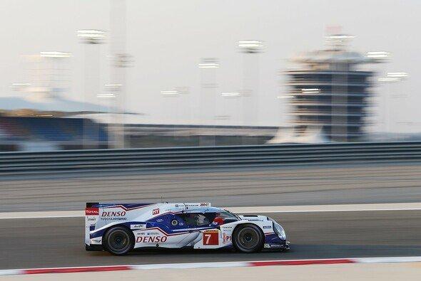 Toyota siegte beim Wüstenrennen in Bahrain - Foto: Toyota