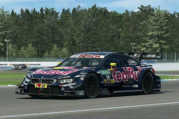 Motorsport-Magazin.com testete den BMW M4 DTM aus der DTM Experience 2014 - Foto: Sector3 Studios