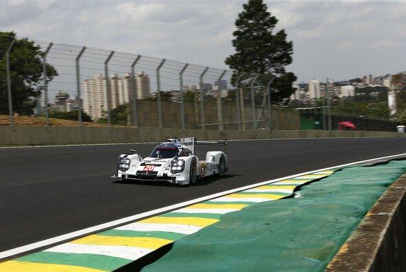Porsche erlebte in Sao Paulo einen nahezu magischen Freitag - Foto: Porsche