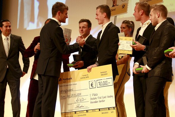 Maximilian Günther zu 'Deutschlands Motorsport-Talent des Jahres' 2014 gewählt - Foto: Alexander Trienitz