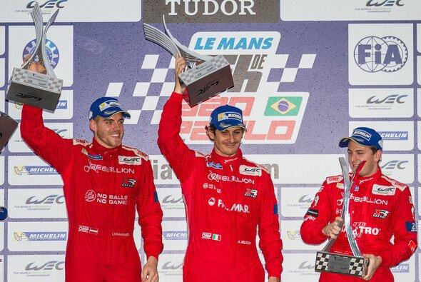 Dominik Kraihamer, Andrea Belicchi und Fabio Leimer sicherten Rebellion Racing eine 100-prozentige Siegquote in der LMP1-L - Foto: Andre Lemes