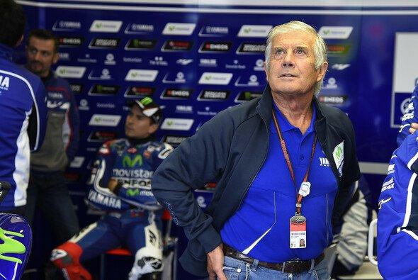 Die MotoGP-Legenden Jorge Lorenzo und Giacomo Agostini liefern sich einen verbalen Schlagabtausch - Foto: Yamaha