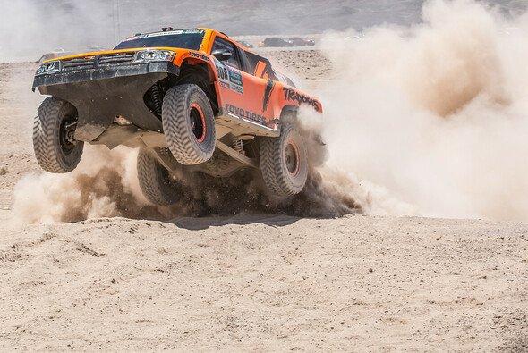 Robby Gordon und sein Hummer - Legenden der Rallye Dakar - Foto: Shakedown