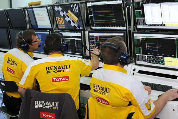 Wer sitzt am Renault-Kommandostand, wer im Cockpit? - Foto: Renault Sport F1