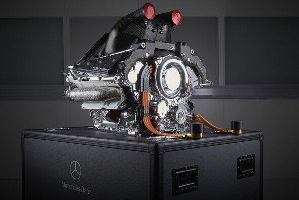 Ungewöhnlich: Die Power Unit von Mercedes bereitet Sorgen - Foto: Mercedes-Benz