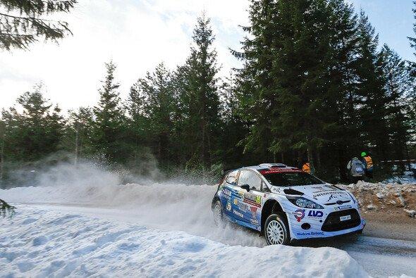 Pontus Tidemand setzte überraschend die Bestzeit - Foto: Ford