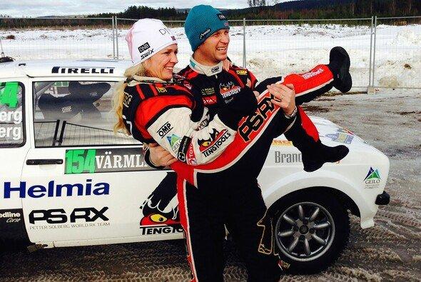 Das Ehepaar Solberg ist erfolgreich im Rallyesport unterwegs - Foto: PSRX media