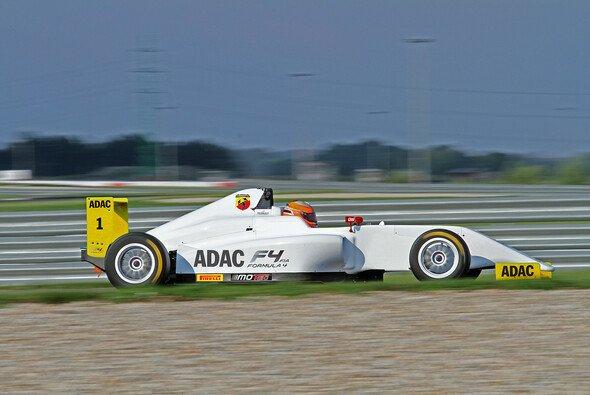 42 Fahrzeuge für die Premierensaison der ADAC Formel 4 - Foto: ADAC Formel 4