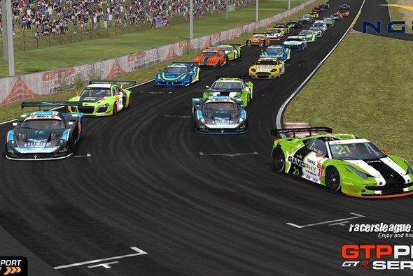 Die neue Saison startet gleich mit einem Höhepunkt - Foto: Racersleague