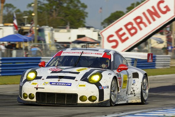 Richard Lietz will in Long Beach gewinnen - Foto: Porsche