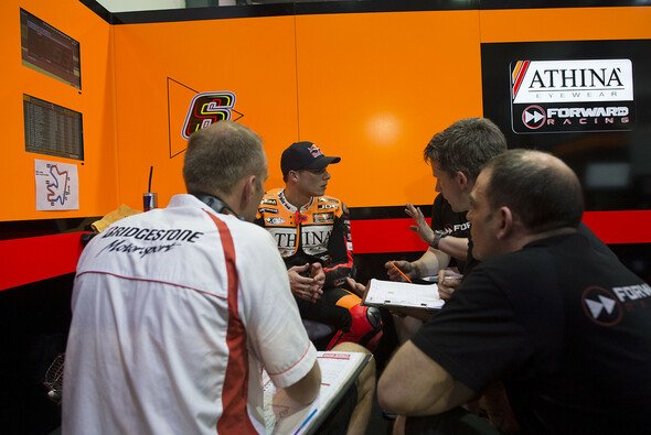 Stefan Bradl überzeugte in Katar - Foto: Forward Racing