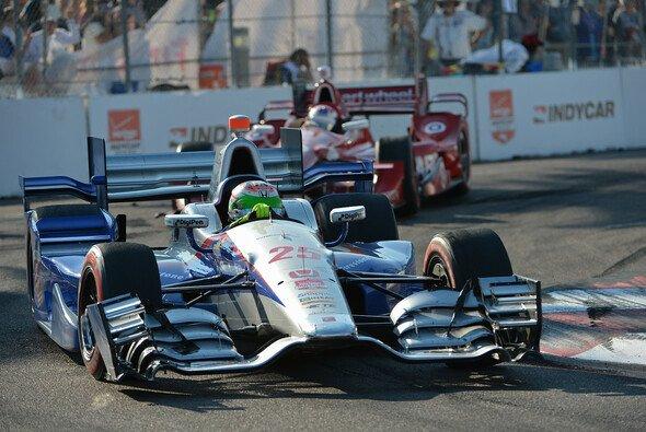 Simon de Silvestro ist wieder im IndyCar unterwegs - Foto: IndyCar
