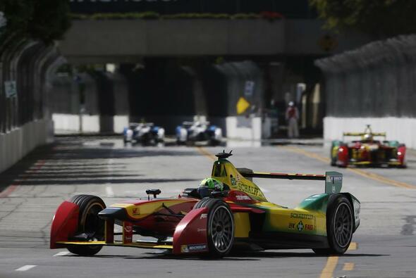 Di Grassi fährt in Long Beach auf das Podium - Foto: FIA Formel E