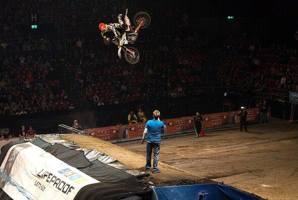 Maikel Melero siegte - Foto: Night of the Jumps
