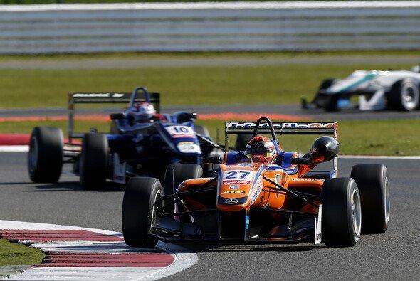 Zwei Podestplätze für Mikkel Jensen - Foto: FIA F3