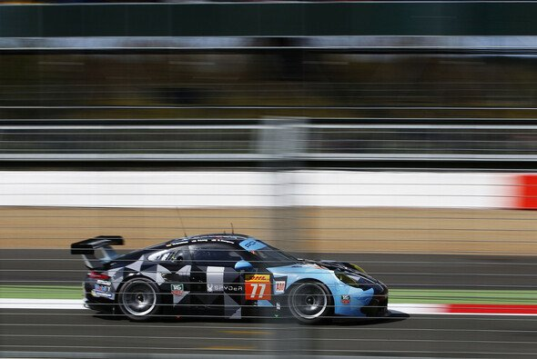 Die beiden Proton-Porsche sahen in Silverstone die Zielflagge - Foto: Porsche