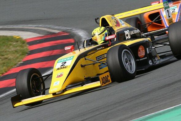 Heimspiel für die Truppe von Hannes Neuhauser in Spielberg - Foto: ADAC Formel 4