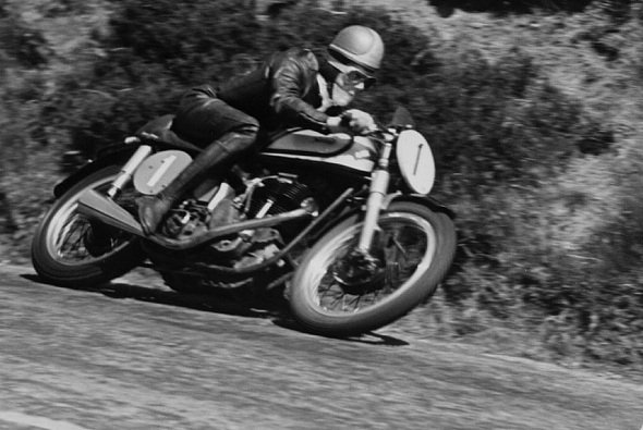 Geoff Duke war ein Star in den 50ern - Foto: Isle of Man TT