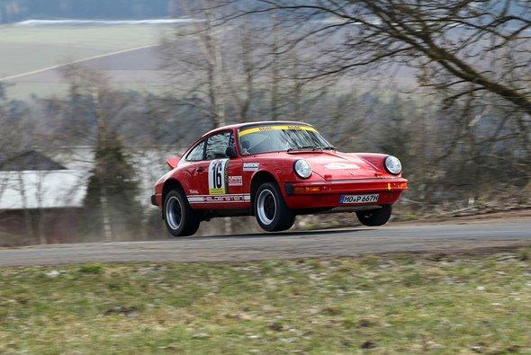Porsche triumphiert beim Saisonauftakt der YOUNGTIMER RALLYE TROPHY in Kempenich - Foto: Youngtimer Rallye Trophy