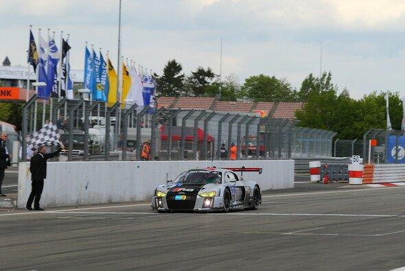 Im Vorjahr siegte Audi gleich mit einem überarbeiteten R8 am Nürburgring - Foto: Patrick Funk