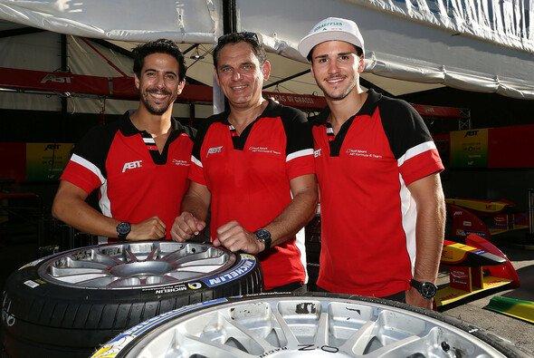 Hans-Jürgen Abt ist stolz auf sein Team - Foto: Abt Sportsline