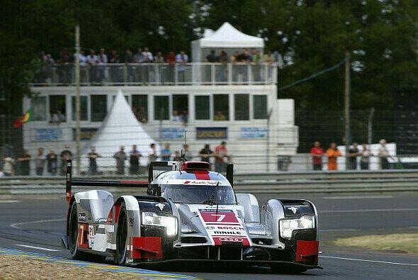 Audi steht in Le Mans in den Startreihen zwei und drei - Foto: Audi