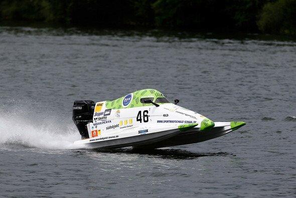 Max Stilz ist nicht zu halten - Foto: ADAC Motorboot Cup
