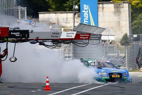Die Audi-Dominanz des Saisonauftakts löst sich in Nürnberg in Rauch auf - Foto: DTM