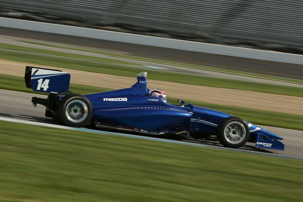 Chilton startet 2015 mit Carlin in der Indy Lights - Foto: Indy Lights