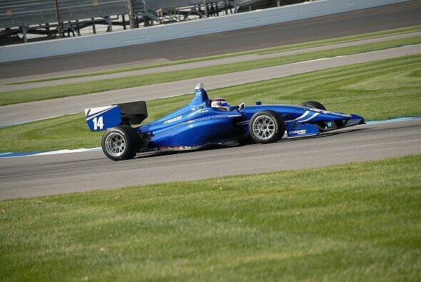 Max Chilton fuhr 2015 bei den IndyLights - Foto: Indy Lights