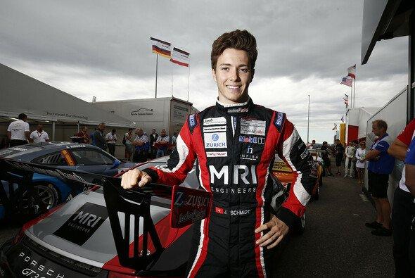 Jeffrey Schmidt geht in Spa-Francorchamps zum ersten Mal an den Start - Foto: Porsche Motorsport
