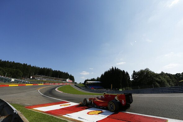 Das Feld der GP2 und GP3 nimmt den Circuit de Spa unter die Räder - Foto: GP2 Series