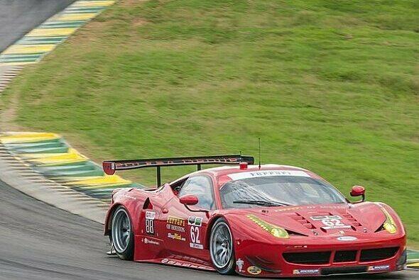 Echtes Racing: Pierre Kaffer hatte am Kampf mit Porsche großen Spaß - Foto: Risi Competizione