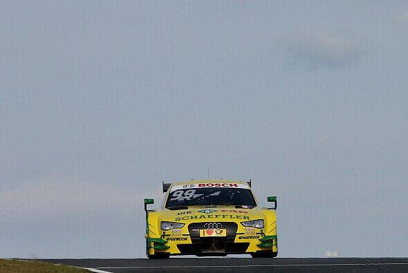 Mike Rockenfeller setzte sich im Hauptrennen souverän durch - Foto: Audi