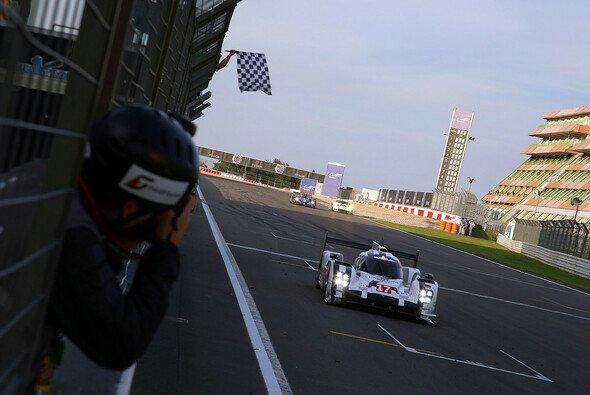 Jackpot: Porsche holte sich den Sieg in überlegener Manier - Foto: Speedpictures