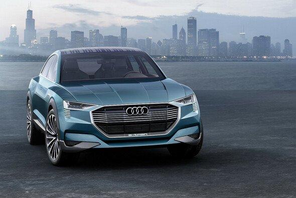 Audi präsentiert auf der IAA in Frankfurt den ersten rein elektrischen e-tron quattro-Antrieb. - Foto: Audi