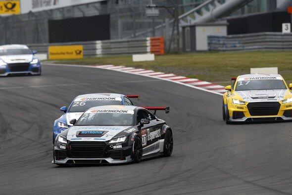 Dennis Marschall landete im Audi Sport TT Cup am Nürburgring zweimal auf dem Podium - Foto: Alexander Trienitz