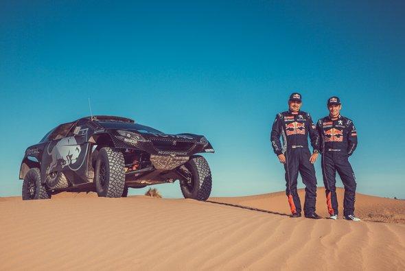 Sebastien Loeb und Daniel Elena treten für Peugeot bei der Rallye Dakar an - Foto: Peugeot