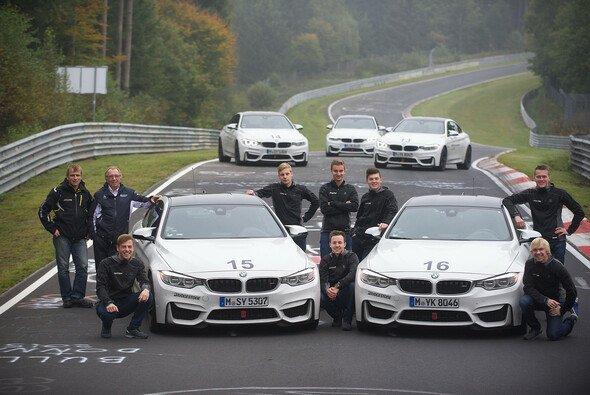 Die Förderkandidaten der Speed Academy auf dem Nürburgring - Foto: Speed Academy