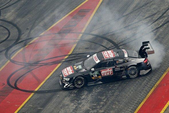 Timo Scheider will in seinem DTM-Audi 2016 mehr als einen Donut drehen - Foto: DTM