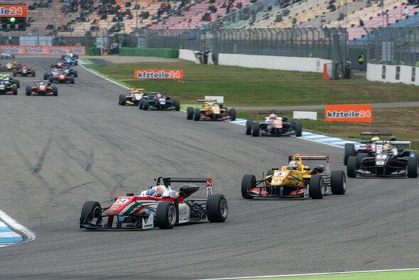 Maximilian Günther startet 2016 für das Prema Powerteam in der Formel 3 EM - Foto: Mario Bartkowiak