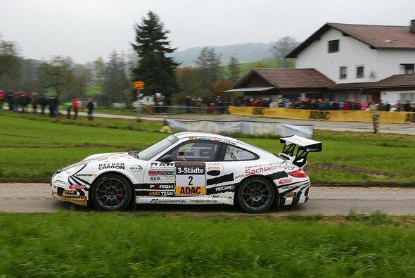 Ruben und Petra Zeltner im Porsche 911 GT3 - Foto: RB Hahn