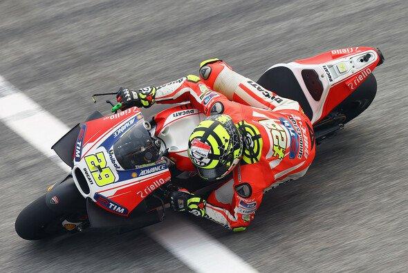 Andrea Iannone war am Freitag Viertschnellster - Foto: Ducati