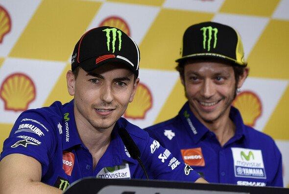 Valentino Rossi hätte nach Ansicht Jorge Lorenzos härter bestraft gehört - Foto: Milagro