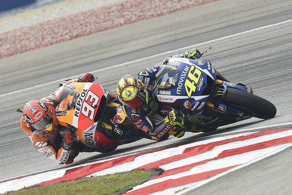 Rossi und Marquez haben sich in Sepang beide nicht mit Ruhm bekleckert - Foto: Milagro