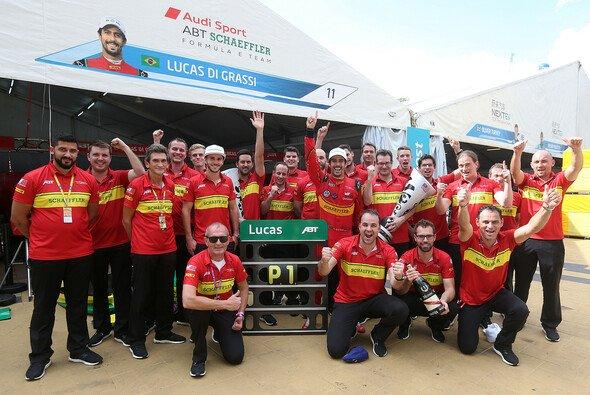 Lucas di Grassi und Daniel Abt fuhren in Putrajaya ein starkes Teamergebnis ein - Foto: ABT Schaeffler Audi Sport