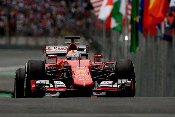 Sebastian Vettel zeigt sich in Brasilien topmotiviert - Foto: Ferrari