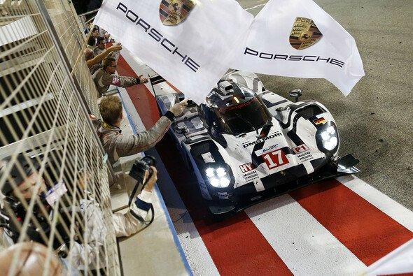Porsche blickt auf ein großartiges Jahr mit WEC-Gesamtsieg und einen Erfolg beim Highlight in Le Mans zurück - Foto: Porsche
