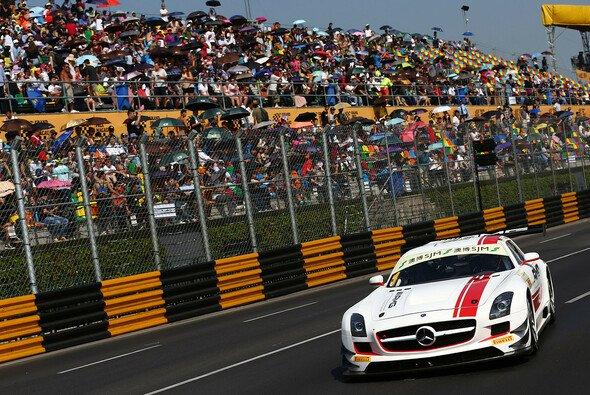 Maro Engel geht als Titelverteidiger in den GT-Weltcup zu Macau - Foto: Mercedes AMG
