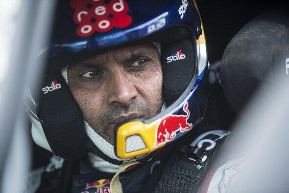 Nasser Al-Attiyah gewinnt die erste Etappe der Rallye Dakar 2017 - Foto: Red Bull